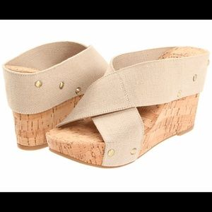 Lucky 🍀 Brand Miller 2 cork wedges size 7